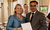 Mohammad Ehtasham Billah received the award from Gabriella Augustsson, Head of the Department for Promotion of Sweden, Trade and CSR at the Ministry for Foreign Affairs.