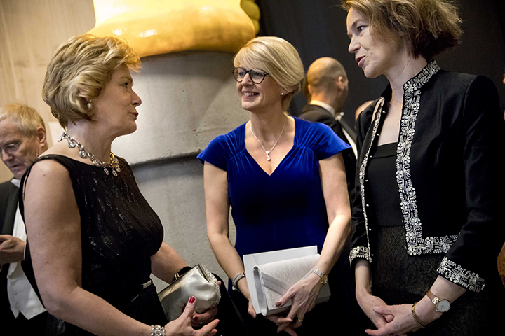 County Governor Maria Larsson, Elisabeth Svantesson, politician and alumna from Örebro University, and Olivia Wigzell, Director-General of the National Board of Health and Welfare and Chair of Örebro University Board of Governors.
