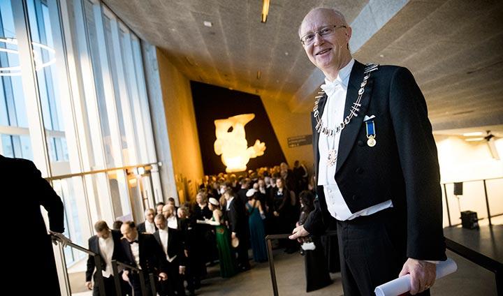 Johan Schnürer upplever sin första akademiska högtid som rektor för Örebro  universitet. 65ff4a1b086a4