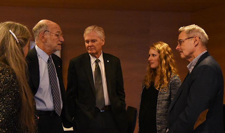 Michael Rosbash and Michael W. Young met Örebro researchers Serena Bauducco and Steven Linton.